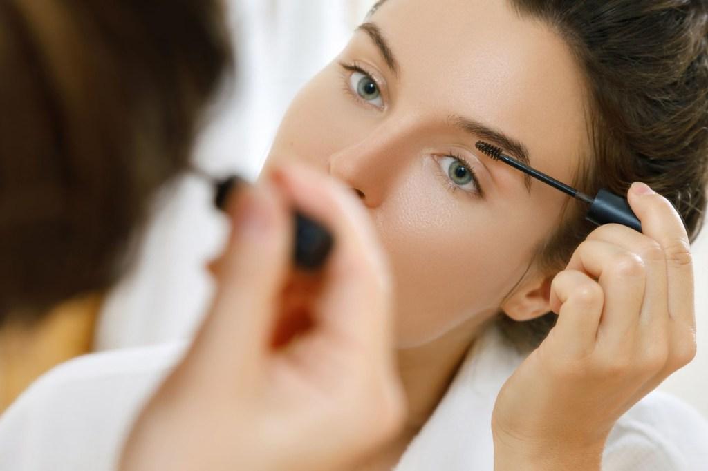 メディカルブロー|眉毛アートメイクの評判!失敗の口コミはある?