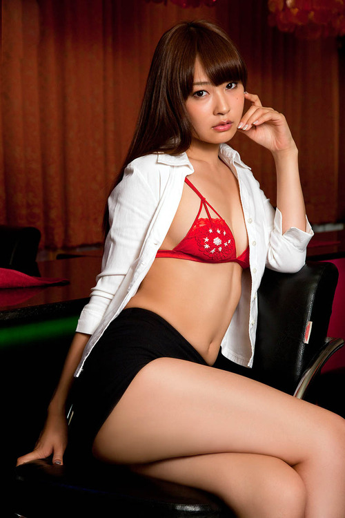 i-really-love-women:  Misaki Nito 仁藤みさき