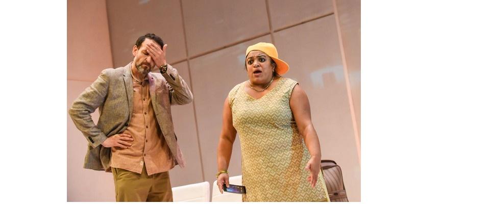 Love N Stuff Rina Fatania In Odd Couple Drama Asian Culture Vulture Asian Culture Vulture