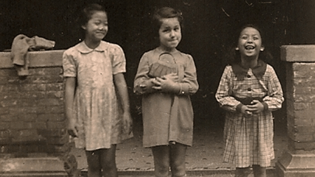 """A Jewish girl and her Chinese friends in the Shanghai Ghetto during WWII"", from the collection of the Shanghai Jewish Refugees Museum (Wikimedia Commons)"
