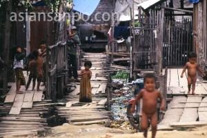 カンボジア プノンペン・裏通り