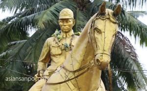ミャンマー ベイ アウンサン将軍