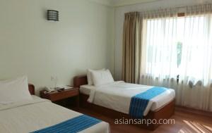 ミャンマー モーラミャイン Ngwe Moe Hotel