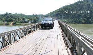 ミャンマー ベイーボーピン 橋