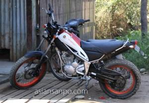 ミャンマー カムティ バイク