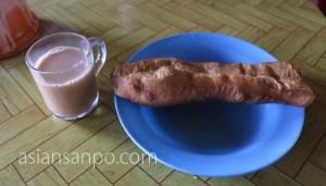 ミャンマー ハカ チン州 揚げパン