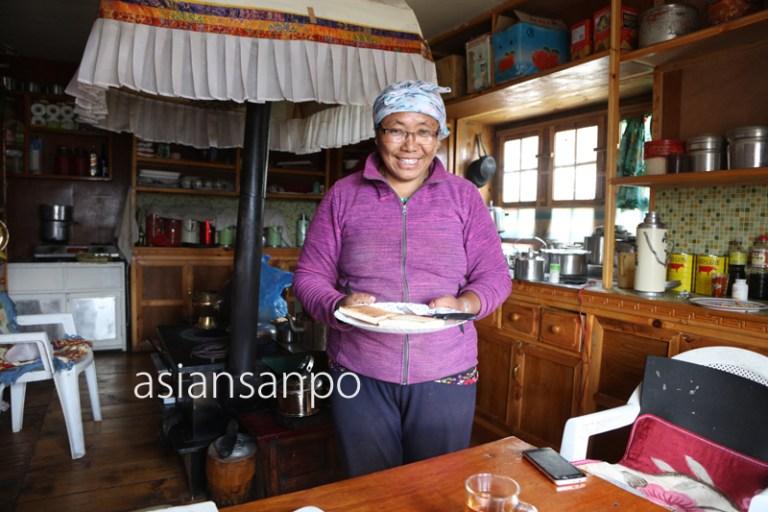 ネパール クンデ シェルパ