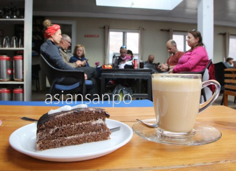 ネパール エベレスト街道 ディンボチェ カフェ