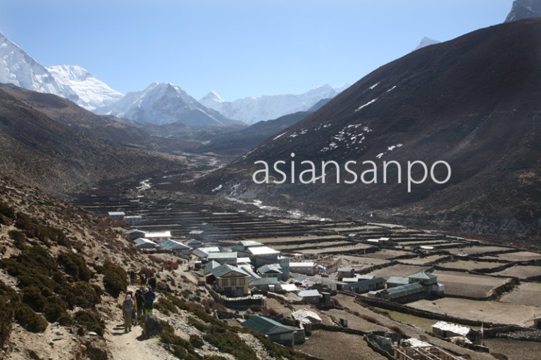ネパール エベレスト街道 ディンボチェ ロッジ