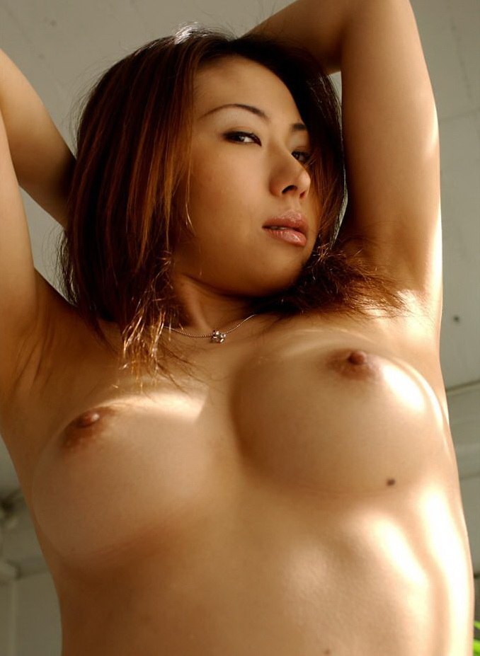 Hot asian girls boobs