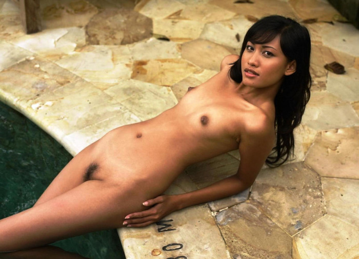Japanese mature nipple play cireman