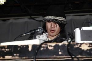 Carsick Cars' singer:zhanghou Wang