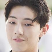 Doctors (Korean Drama)-Ji Soo.jpg