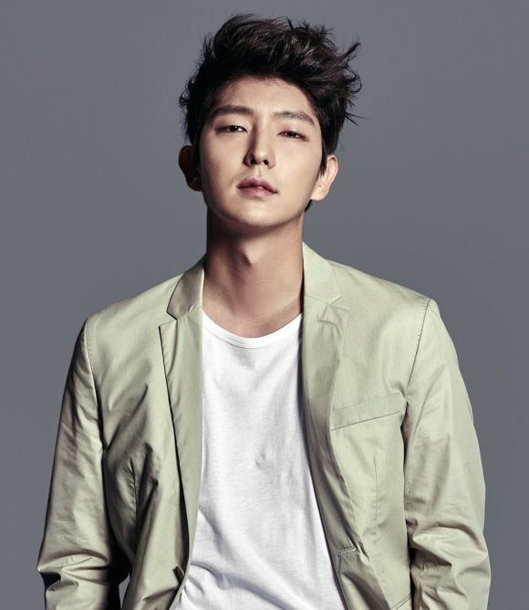 Rich results on Google's SERP when searching for 'Lee Joon Gi'