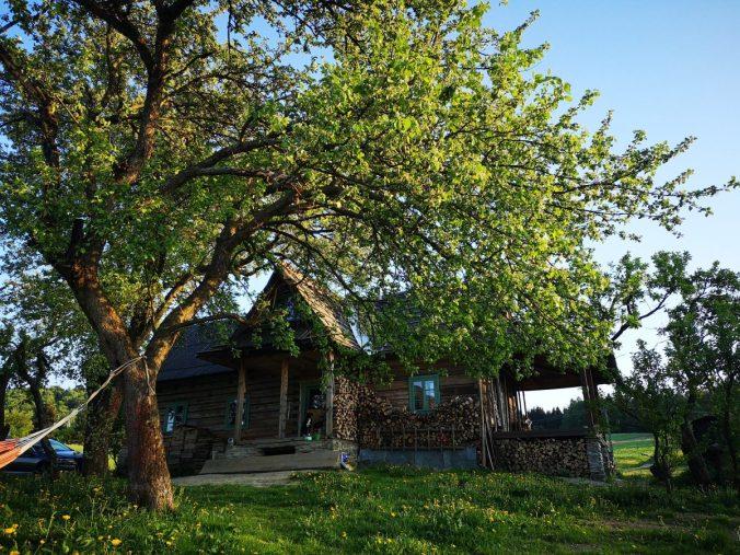Stara łemkowska chata, Nasza Polana
