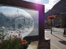 Dekoracja przy deptaktu w Canillo w Andorze