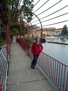 Dziewczyna nad jeziorem Como, Varenna