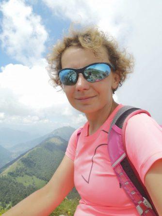 Dziewczyna, góry