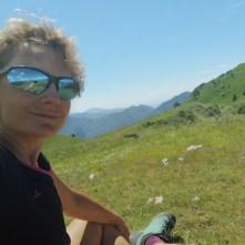 dziewczyna, góry, polana, Garda
