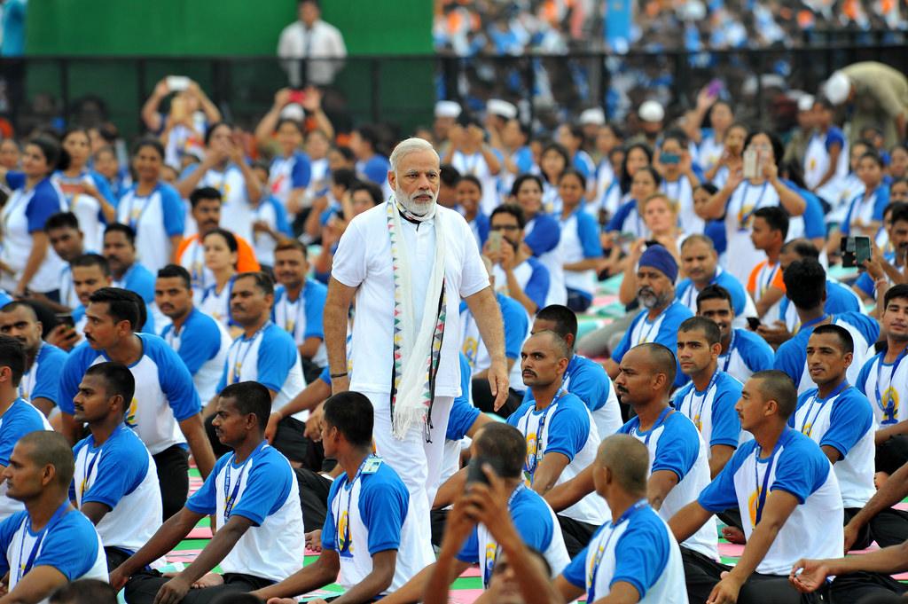 """Yoga - helsefremmende eksport eller indisk """"soft power""""?"""