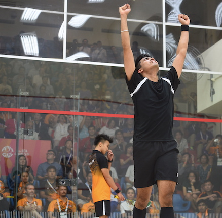 Squash player Sanjay Singh Chal wins gold medal for Malaysia at the SEA Games 2015 in Singapore.