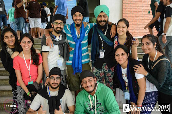 Saheb Singh (green turban) with some of the facilitators and participants of the YTSA Gurmat Camp 2015.