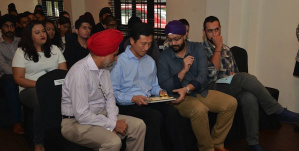 Singapore acting Minister for Education Ong Ye Kung ]at the Sikh Graduates Tea Reception on 7 Nov 2015.