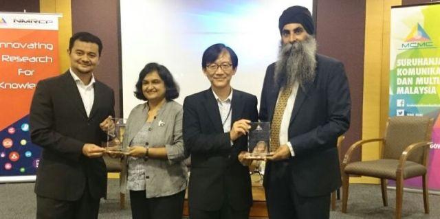 MCMC-Sarjit-Kiranjit-award-1608afb