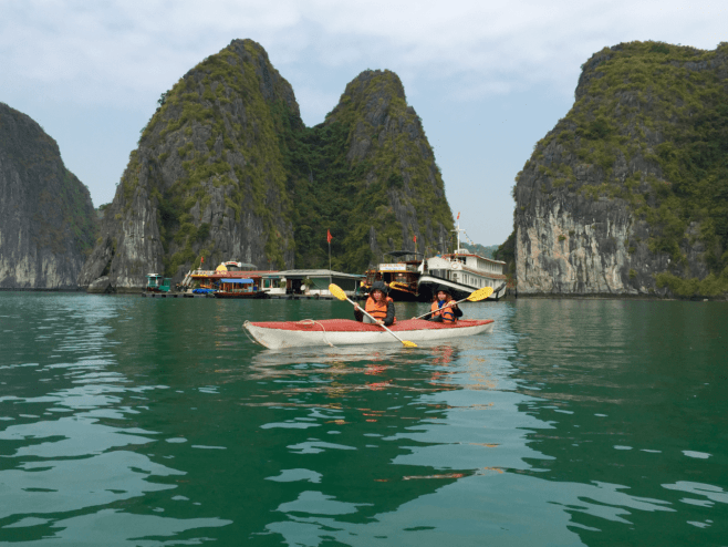 Top experiences traveling Vietnam - kayak in Lan Ha Bay