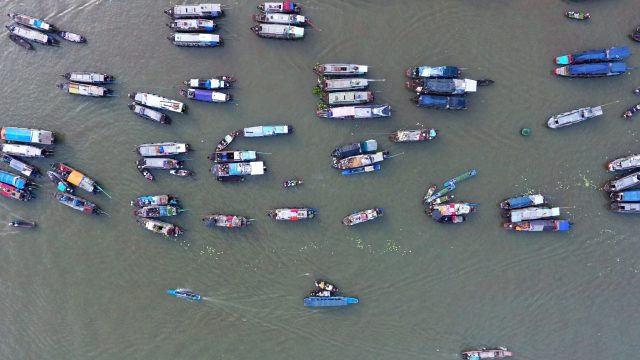 Mekong-Delta-Experience-Cai-Rang-Floating-market-from-drone-2