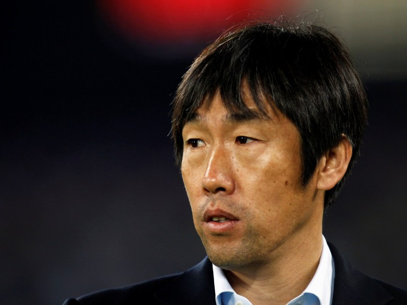 China's coach Gao Hongbo has quit after his side lost 2-0 to Uzbekistan in a World Cup qualifying match in Tashkent. Reuters