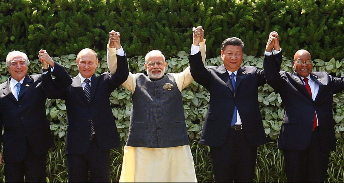 (L-R) Brazil's President Michel Temer, Russian President Vladimir Putin, Indian Prime Minister Narendra Modi, Chinese President Xi Jinping and South African President Jacob Zuma pose for a group picture during a BRICS summit last October. Photo: Reuters/Danish Siddiqui