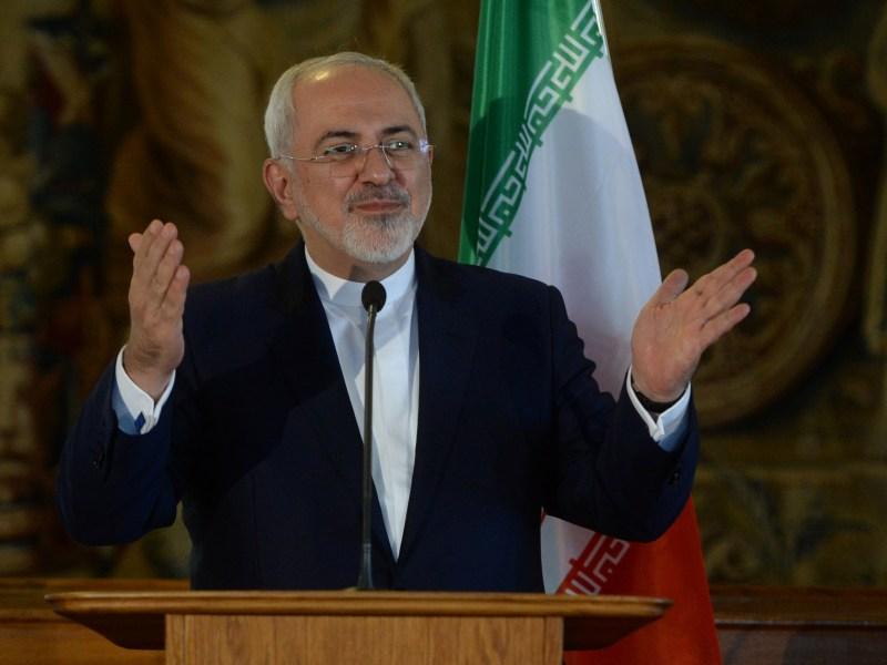 Iranian Foreign Minister Mohammad Javad Zarif speaks in Prague on November 11, 2016.Photo: AFP/Michal Cizek