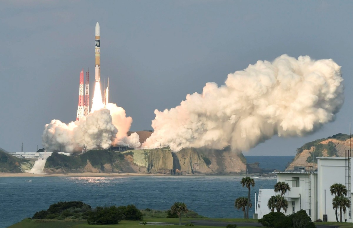 """A H-2A rocket carrying Japan Meteorological Agency's new weather satellite """"Himawari-9"""" is launched  at Tanegashima Space Center on the Japanese southwestern island of Tanegashima, Kagoshima Prefecture, Japan  November 2, 2016 in this photo taken by Kyodo. Photo: Kyodo/via Reuters"""