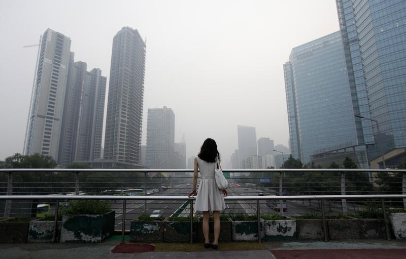 That abandoned feeling: The central government has removed any illusion held by investors that provincial officials will do everything they can to bail out regional SOEs. Photo: Reuters/Jason Lee