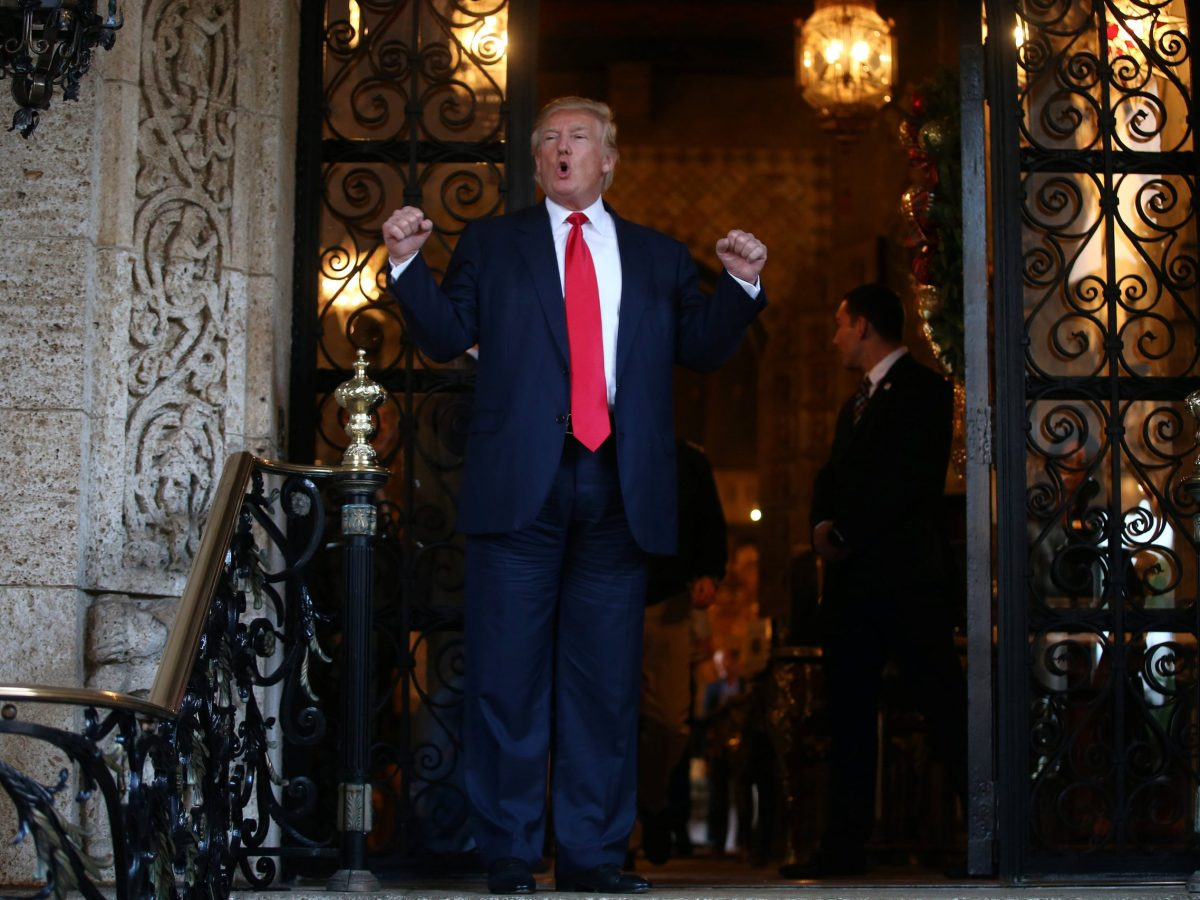 U.S. President-elect Donald Trump talks to members of the media after a meeting meeting with Pentagon officials at Mar-a-Lago estate in Palm Beach, Florida, U.S., December 21, 2016. REUTERS/Carlos Barria