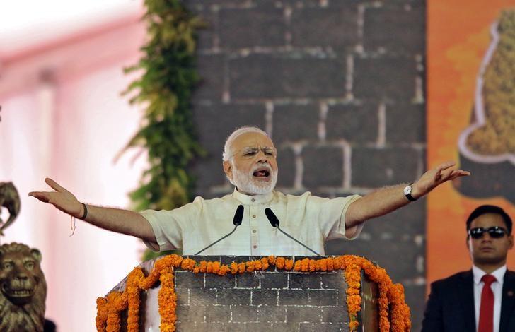 India's Prime Minister Narendra Modi speaks after laying the foundation for the memorial of Chhatrapati Shivaji Maharaj, in Mumbai, December 24, 2016. REUTERS/Shailesh Andrade