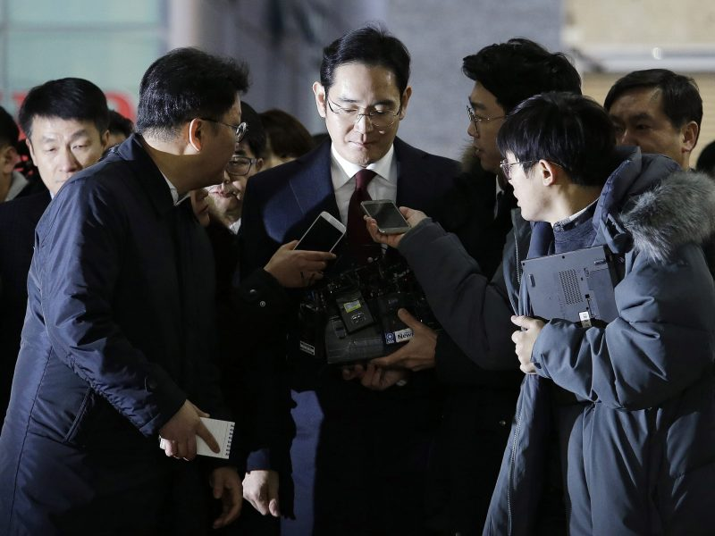 Samsung heir Lee Jae-yong arrives to be questioned in the corruption scandal of President Park Geun-hye. Photo: AFP, Pool