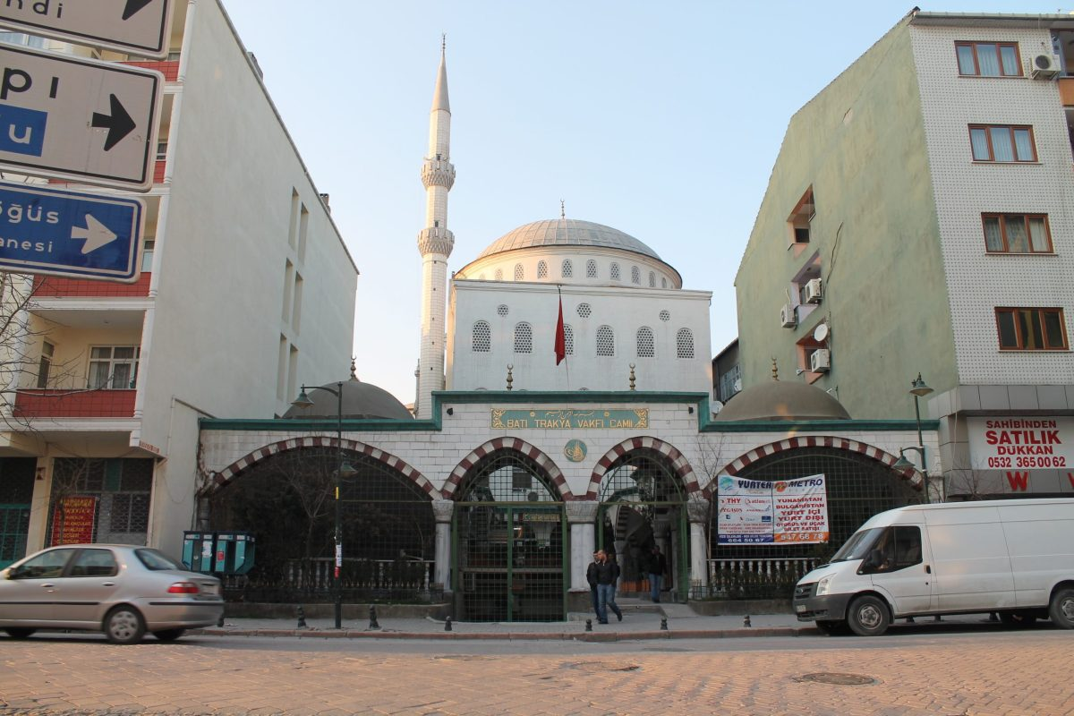 A mosque in the Zeytinburnu neigborhood of Istanbul. Photo: Wikimedia Commons