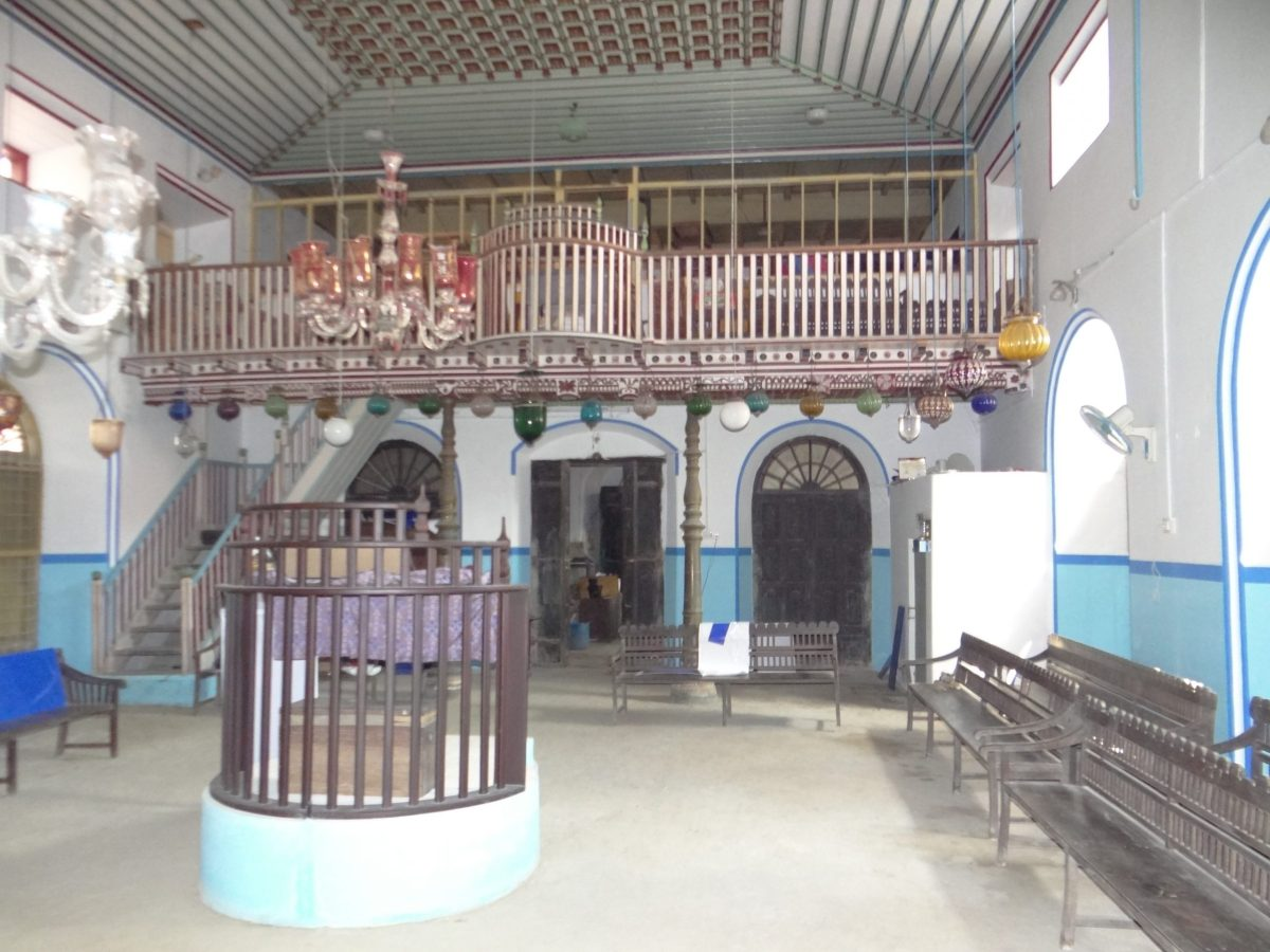 The gallery and the ceiling featuring motifs at Kadavumbagam Synagogue. Photo: Asia Times