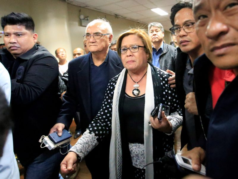 Philippine Senator Leila de Lima is escorted by the Senate's security personnel after a Regional Trial Court (RTC) ordered her arrest at the Senate headquarters in Pasay City, Metro Manila, Philippines February 23, 2017. Photo: Reuters / Romeo Ranoco