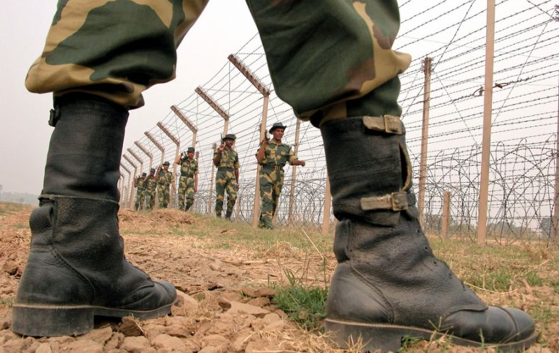India has beefed up security along its border with Pakistan amid reports that 400 terrorists are operating in the Kashmir Valley. Photo: Reuters
