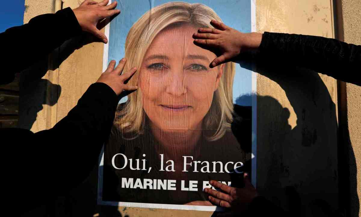 Despite polls showing a lead for Emanuel Macron, Marine Le Pen's chances may be better than many think.