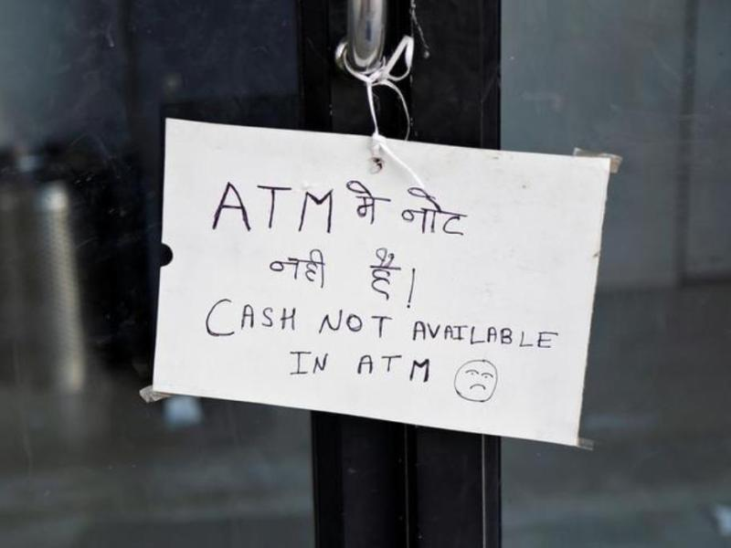 A notice displayed outside an ATM counter in Ajmer, India. Photo: Reuters
