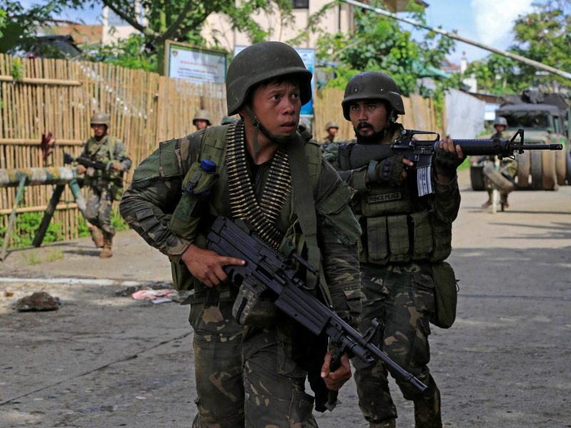 Government troops during an assault on insurgents from the so-called Maute group, who have taken over large parts of Marawi City in Marawi the southern Philippines May 25, 2017. Reuters/Romeo Ranoco