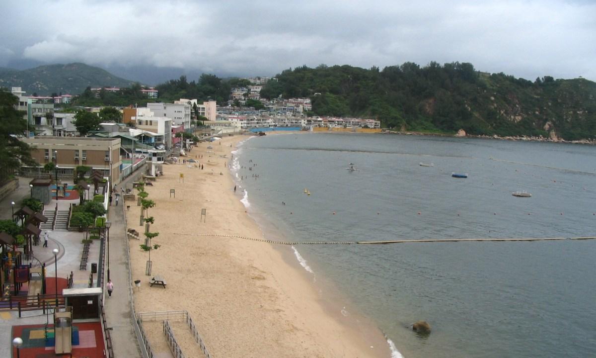 Tung Wan Beach, Cheung Chau Photo: Wikimedia Commons