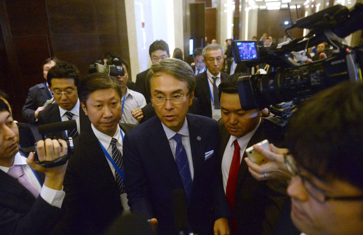 Japan's minister of state for economic and fiscal policy, Nobuteru Ishihara, leaves a meeting of the TPP-11 held on the sidelines of the APEC trade ministers' meeting in Hanoi in May. Photo: Reuters / Hong Dinh Nam