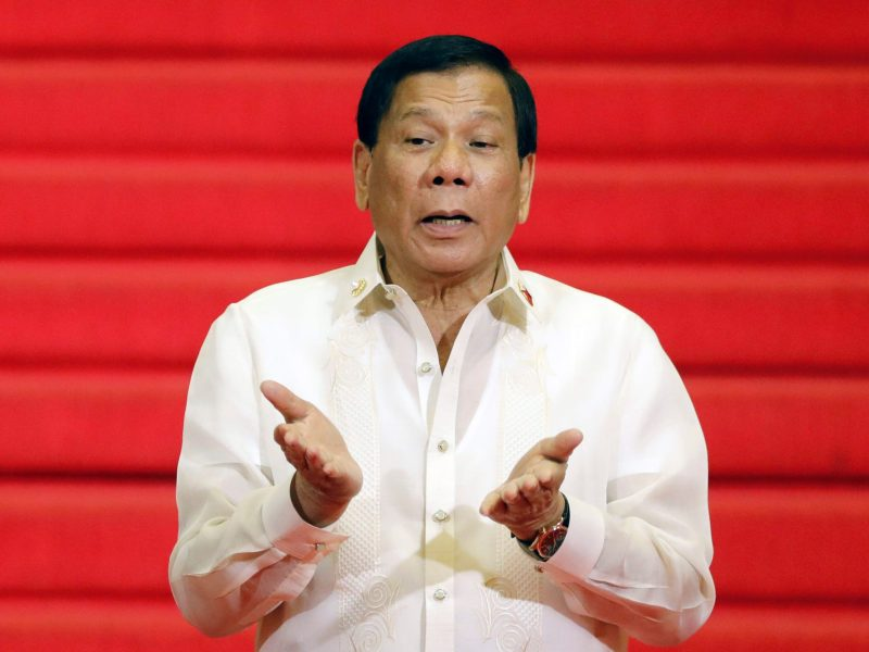 Philippine President Rodrigo Duterte waits for the Southeast Asian leaders to arrive during the opening ceremony of the Association of Southeast Asian Nations (ASEAN) summit in Manila, Philippines April 29, 2017. Picture taken April 29, 2017. Photo: Reuters/Erik De Castro