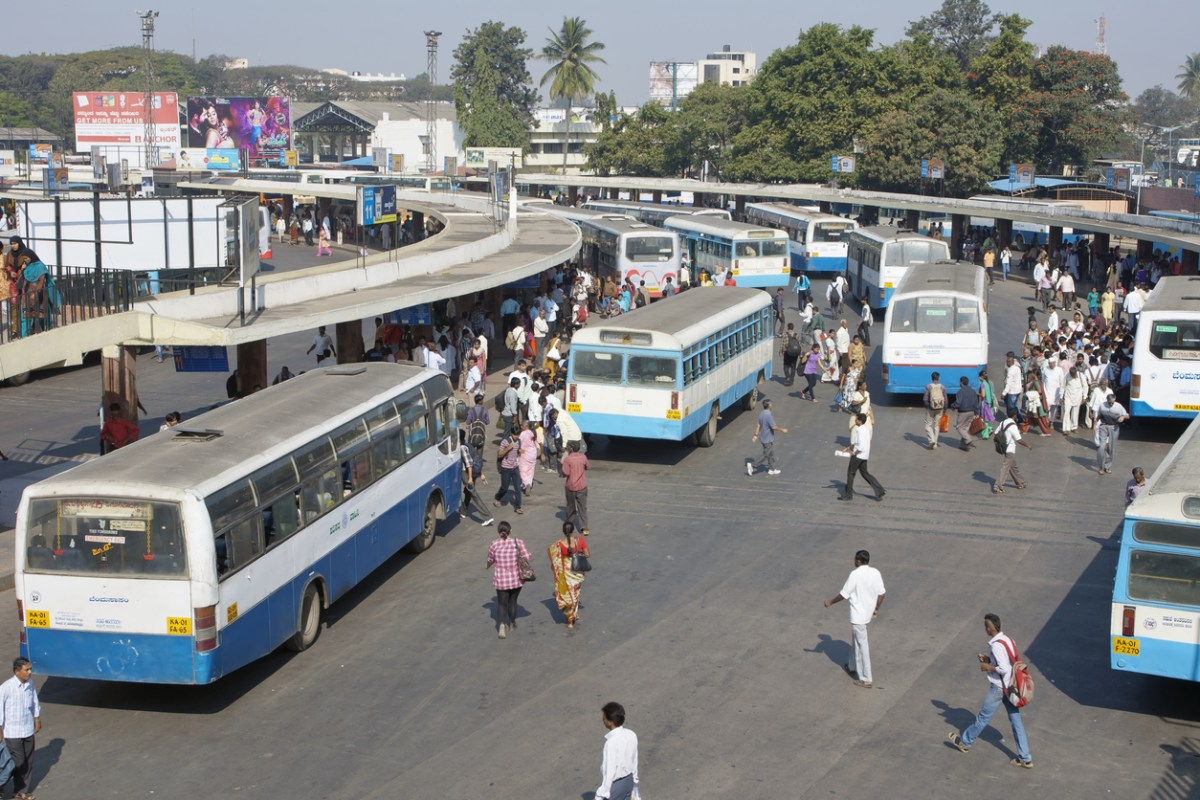 Bus passengers traveling from Bangalore to Gadag had to get off in a hurry when the vehicle caught fire. Photo: iStock