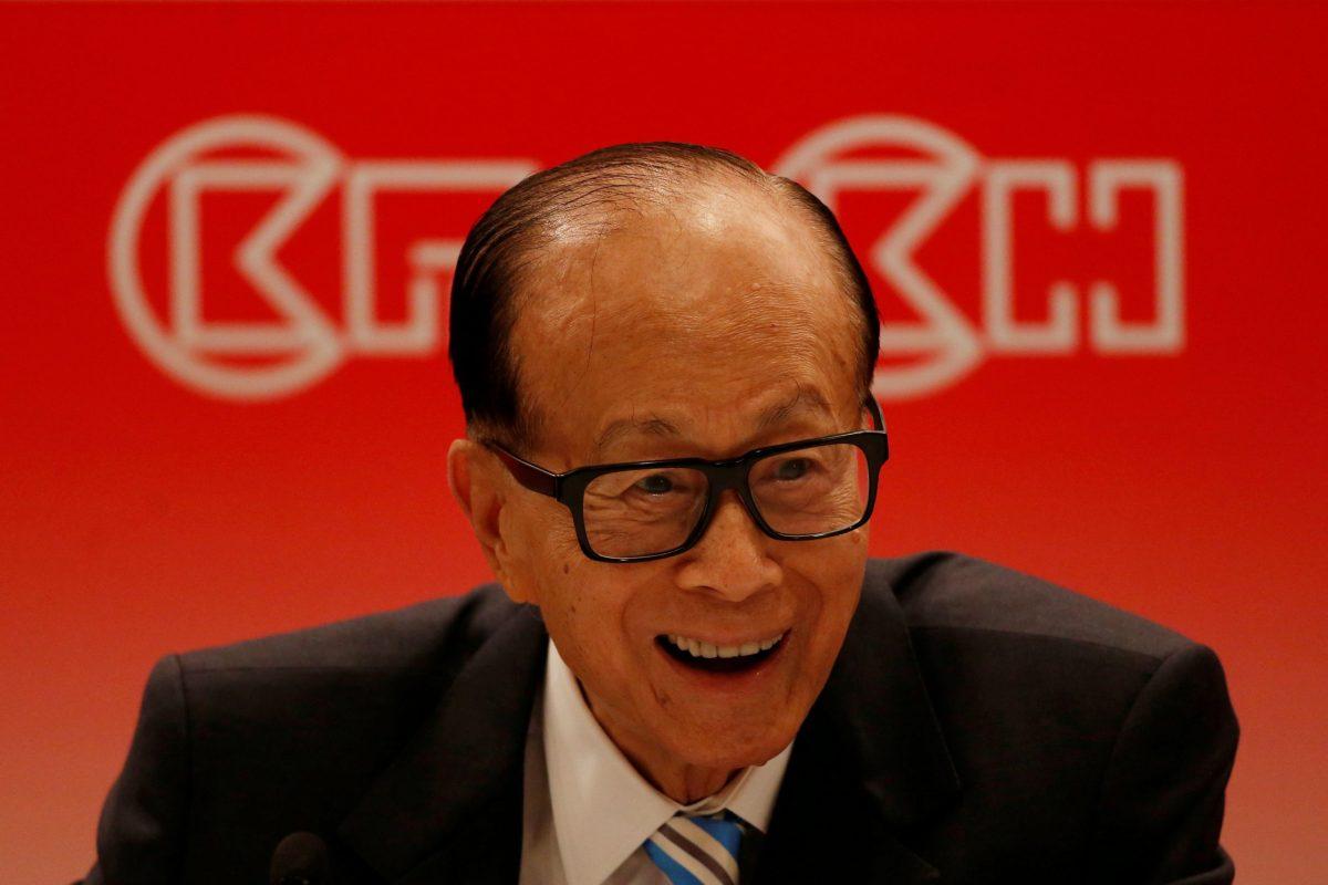 Hong Kong tycoon Li Ka-shing at a news conference announcing CK Hutchison Holdings company results. Photo: Reuters/Bobby Yip